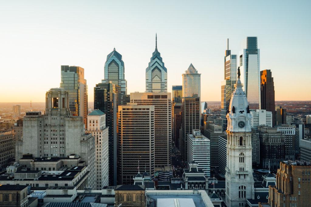 https://www.discoverphl.com/wp-content/uploads/2019/12/Philadelphia-Skyline-December-2019-photo-by-K-Huff-for-PHLCVB-4-1024x683.jpg