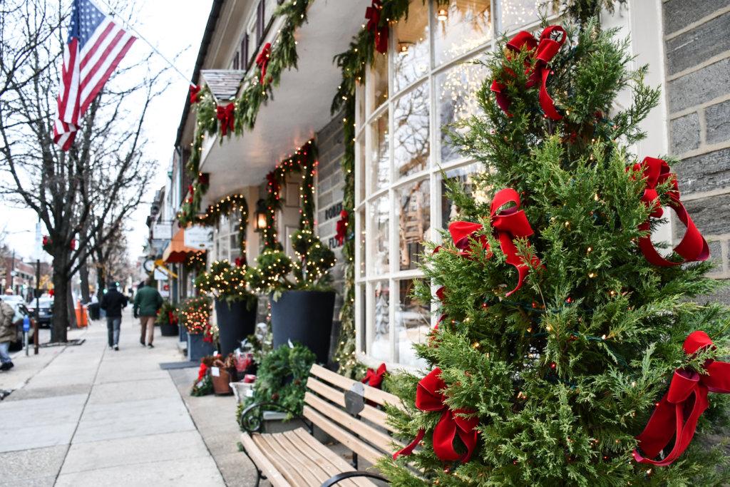 holiday shopping chestnut hill